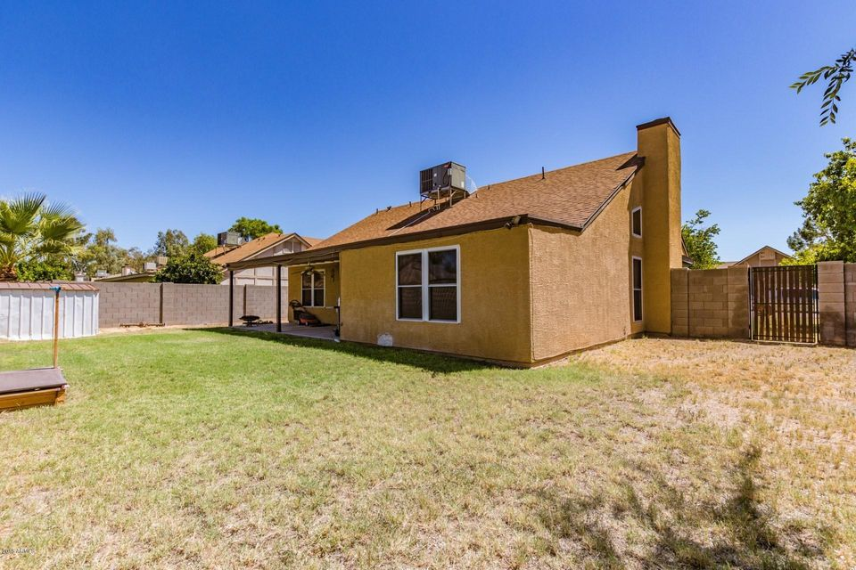 MLS 5820501 676 E ESTRELLA Drive, Chandler, AZ Short Sale