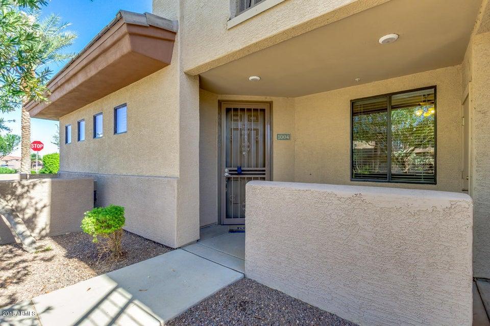 Photo of 3330 S GILBERT Road #1004, Chandler, AZ 85286