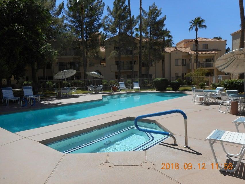 MLS 5819505 19400 N WESTBROOK Parkway Unit 125, Peoria, AZ Peoria AZ Golf Condo or Townhome
