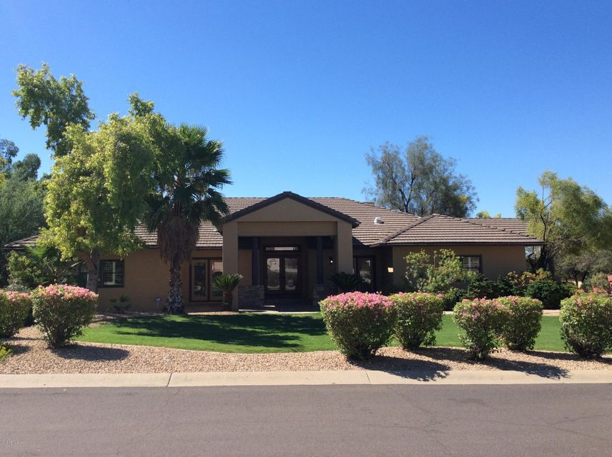 Photo of 10423 E CORRINE Drive, Scottsdale, AZ 85259