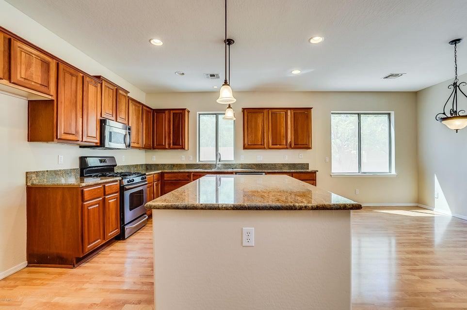 Photo of 3560 E YELLOWSTONE Place, Chandler, AZ 85249