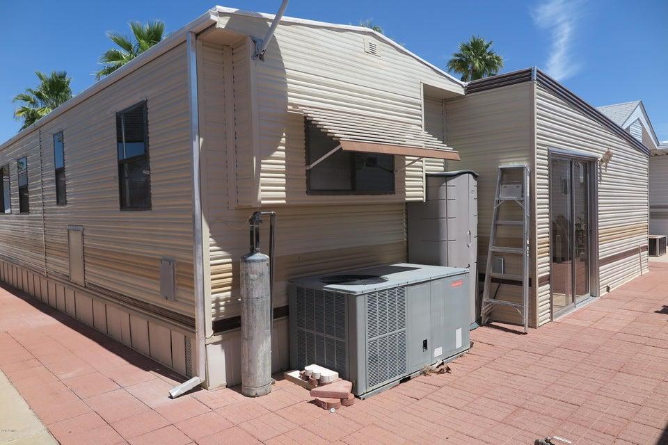 MLS 5819908 3710 S Goldfield Road Unit 806, Apache Junction, AZ Apache Junction AZ Golf Gated