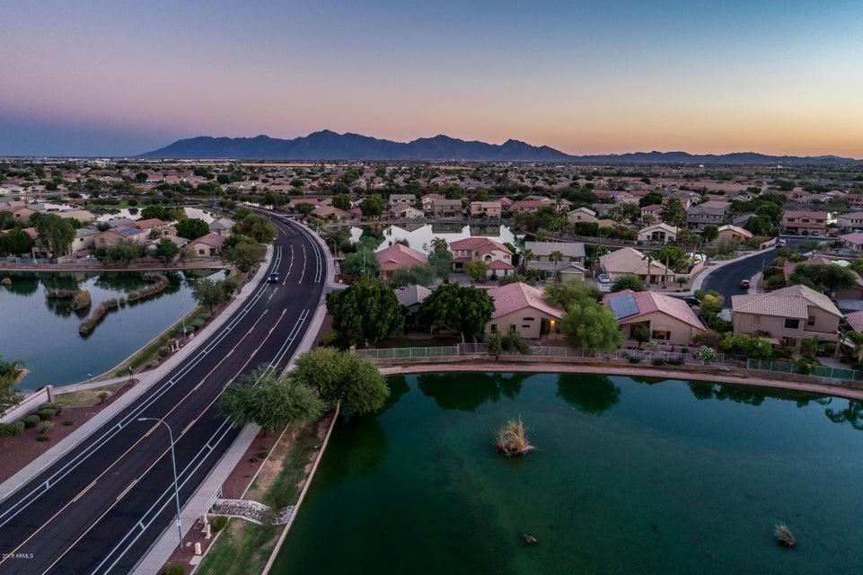 MLS 5820403 11110 W WILSHIRE Drive, Avondale, AZ 85392 Avondale AZ Lake Subdivision