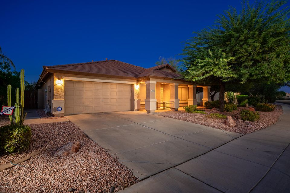 Photo of 11110 W WILSHIRE Drive, Avondale, AZ 85392