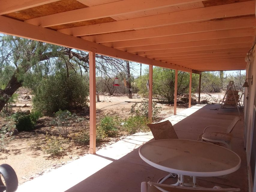 MLS 5760934 2450 W MOON VISTA Street, Apache Junction, AZ Apache Junction AZ Equestrian