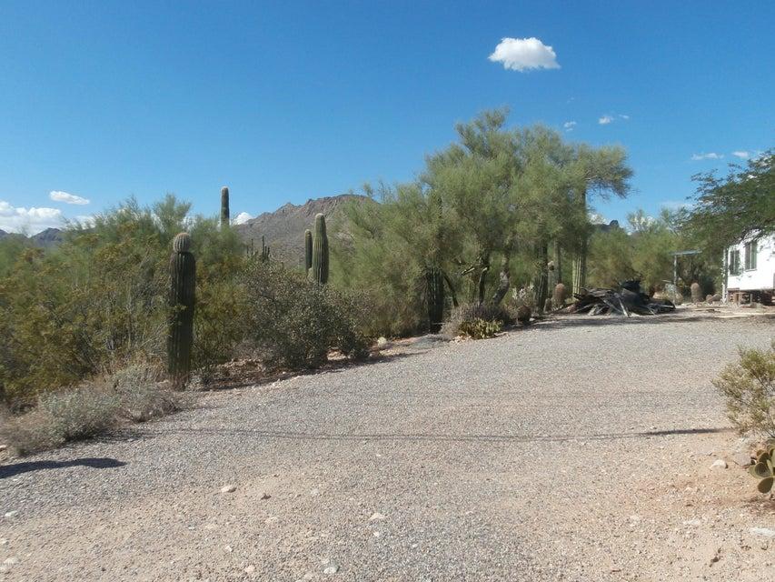 MLS 5817810 1016 W MCKELLIPS Boulevard, Apache Junction, AZ 85120 Apache Junction AZ Manufactured Mobile Home