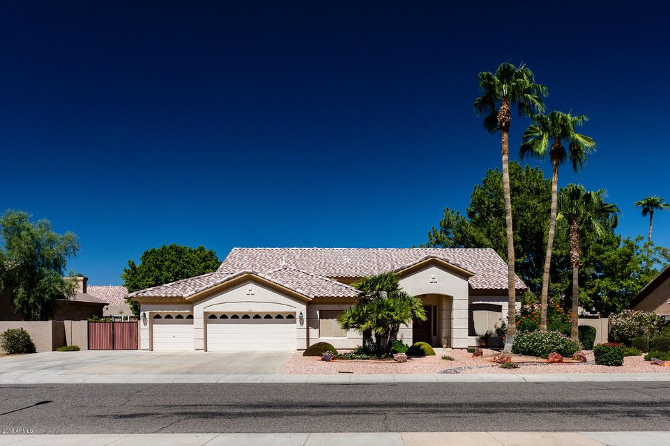 Photo of 7144 W VILLA CHULA --, Glendale, AZ 85310