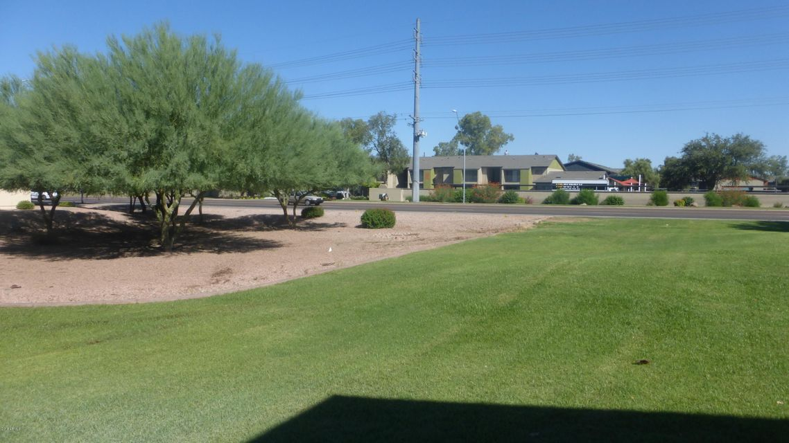 Photo of 2666 E SILK OAK Drive, Tempe, AZ 85281