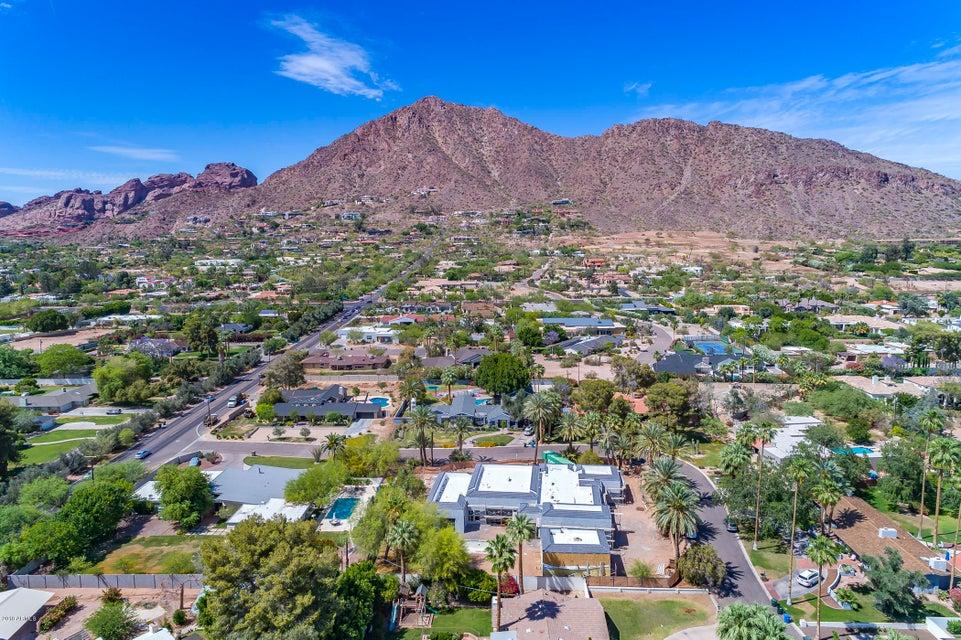 Photo of 5617 E MONTECITO Avenue, Phoenix, AZ 85018