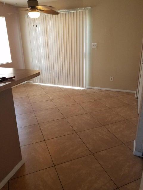 Photo of 9020 W HIGHLAND Avenue #121, Phoenix, AZ 85037