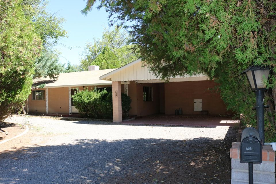 Photo of 3775 E SYCAMORE Lane, Rimrock, AZ 86335