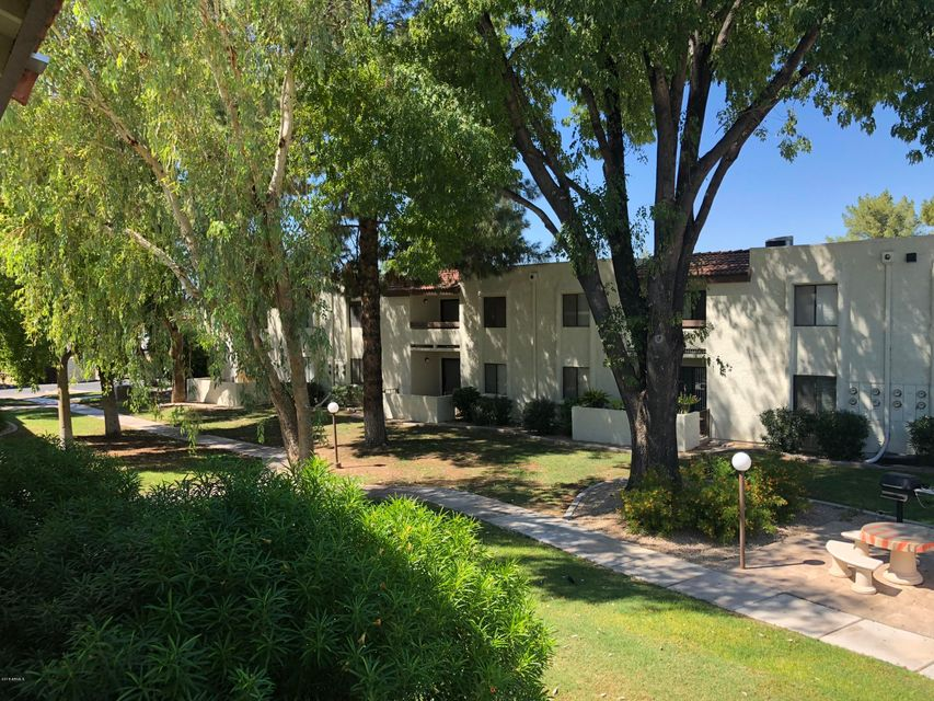 MLS 5820084 10444 N 69TH Street Unit 218, Paradise Valley, AZ Paradise Valley AZ Condo or Townhome