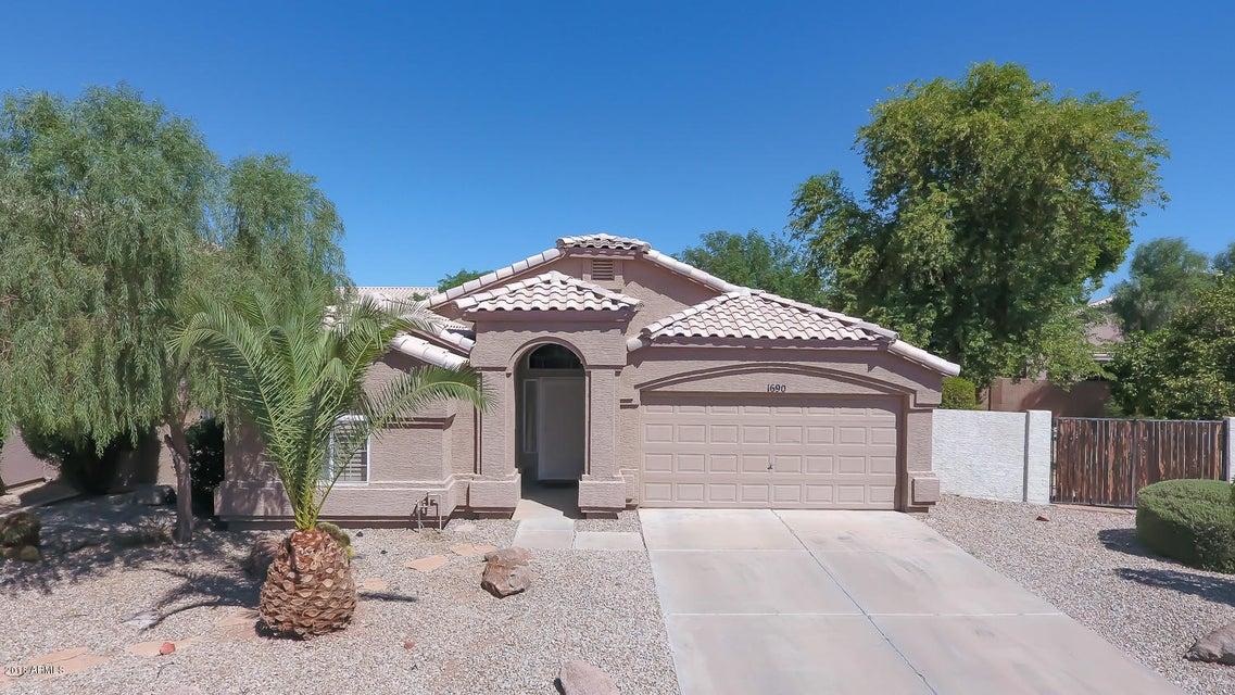 Photo of 1690 W SAN REMO Street, Gilbert, AZ 85233