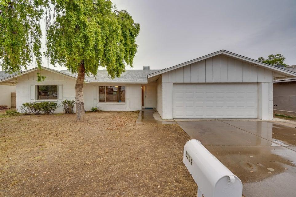 Photo of 5214 W REDFIELD Road, Glendale, AZ 85306