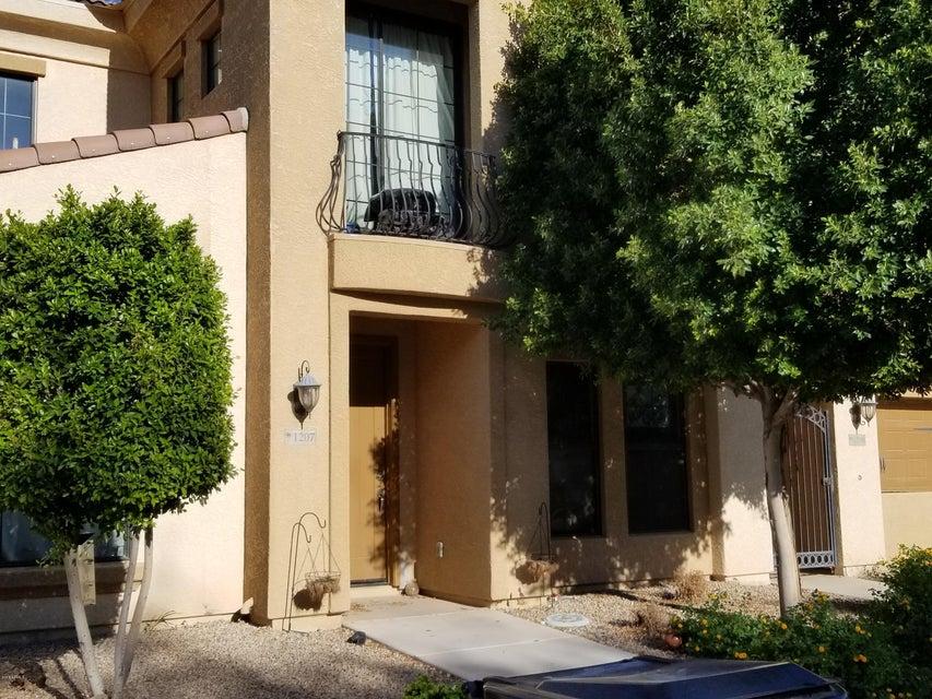 Photo of 1367 S COUNTRY CLUB Drive #1207, Mesa, AZ 85210
