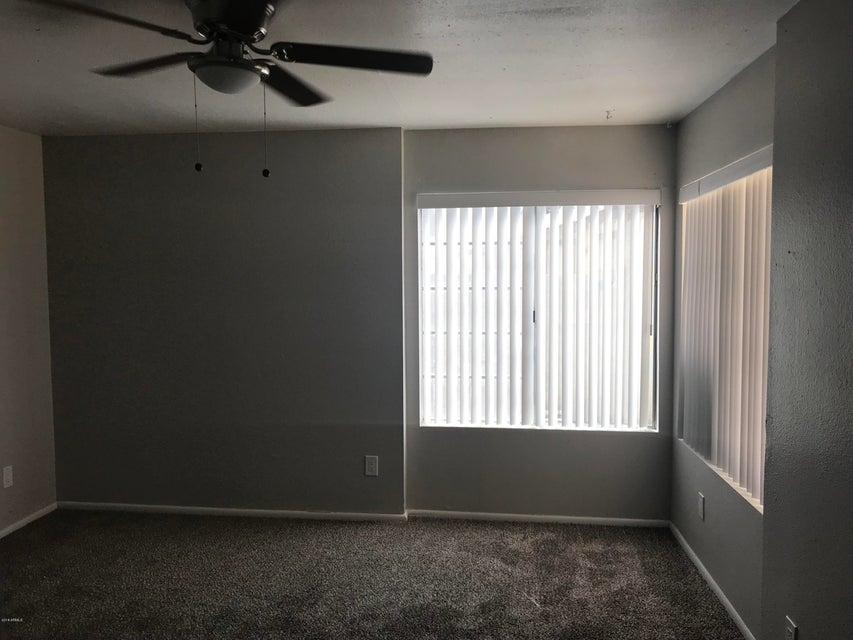 Photo of 8520 W PALM Lane #1042, Phoenix, AZ 85037