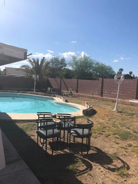 MLS 5823588 6126 W ACOMA Drive, Glendale, AZ Glendale AZ Private Pool