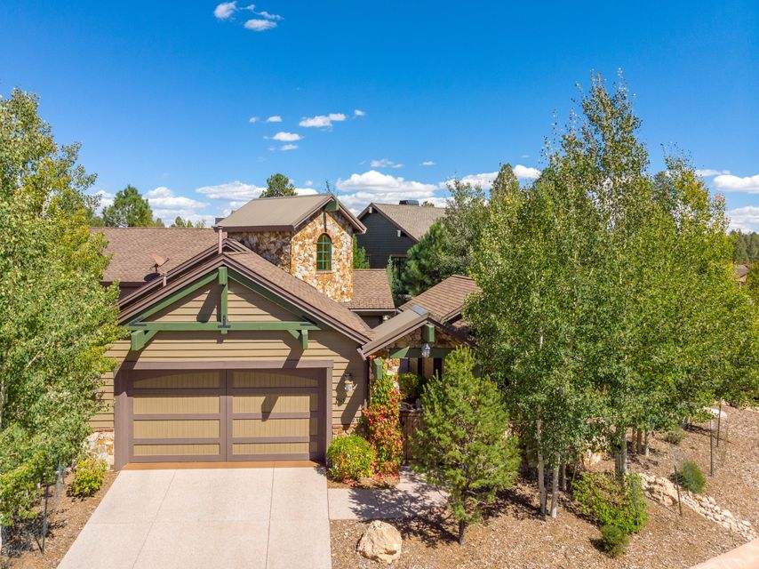 Photo of 1515 E CASTLE HILLS Drive, Flagstaff, AZ 86005