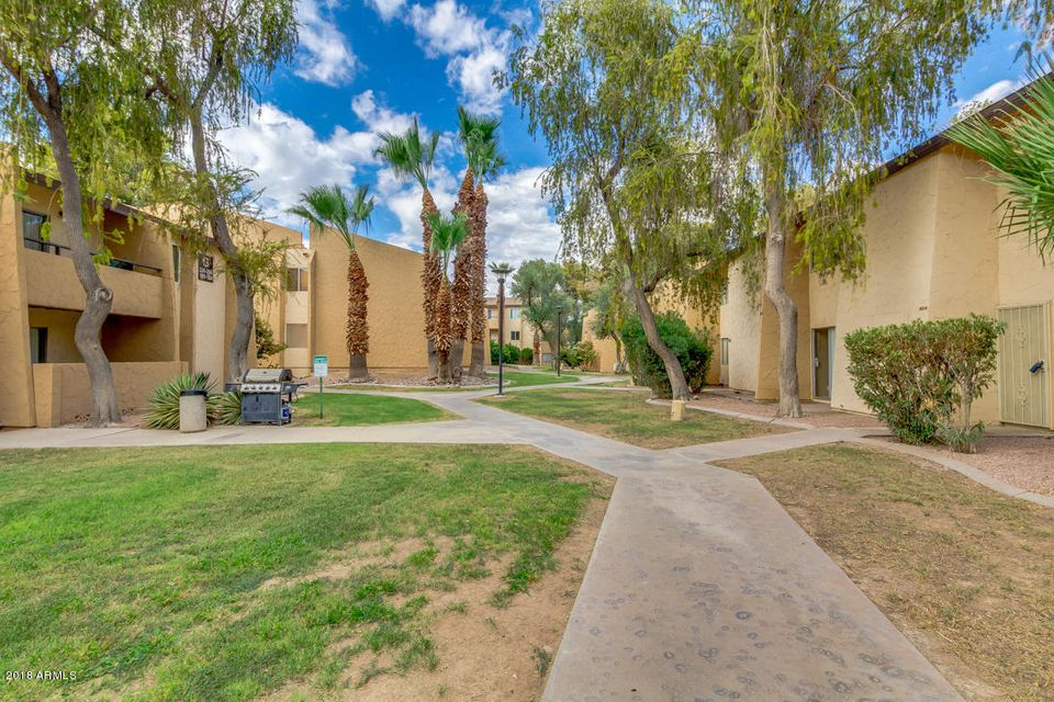 MLS 5824782 8055 E THOMAS Road Unit J201, Scottsdale, AZ 85251 Scottsdale AZ Old Town Scottsdale