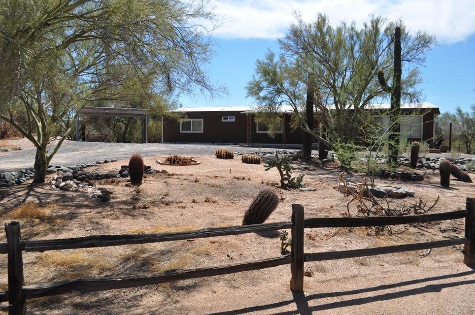 Photo of 5013 E SMOKEHOUSE Trail, Cave Creek, AZ 85331