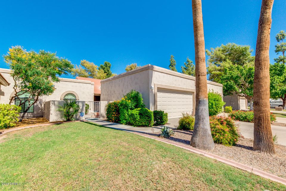 Photo of 9424 W MORROW Drive, Peoria, AZ 85382