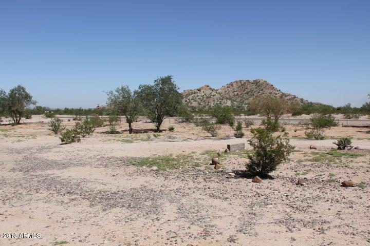 MLS 5826442 51215 W Wildcat Lane, Maricopa, AZ Maricopa AZ Scenic