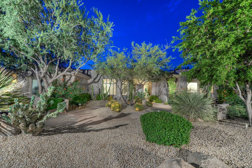 Photo of 9554 E PEAK VIEW Road, Scottsdale, AZ 85262
