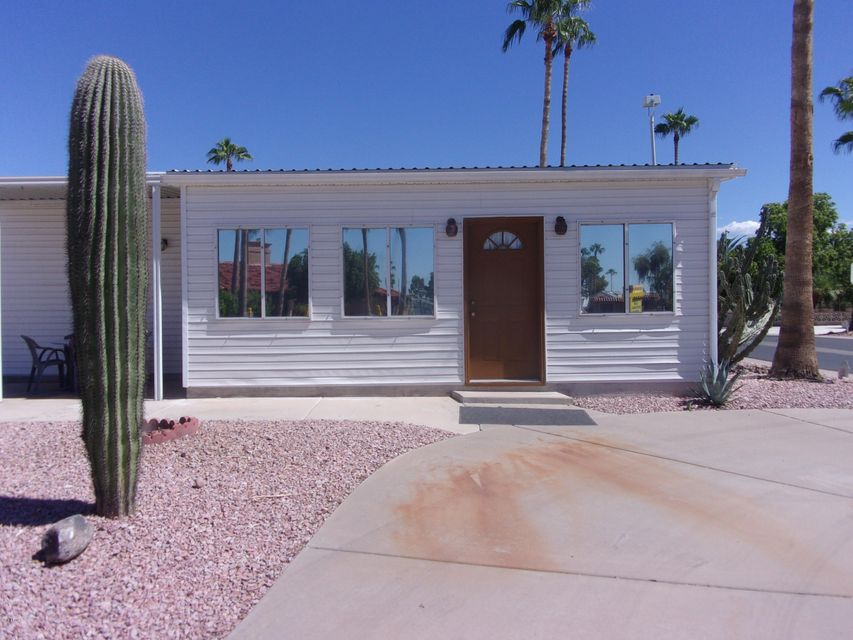Photo of 2226 S KLAMATH Avenue, Apache Junction, AZ 85119
