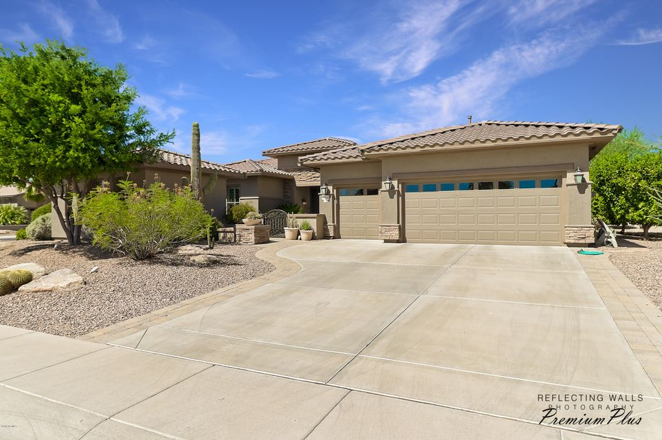 Photo of 17234 W MAHOGANY Way, Surprise, AZ 85387