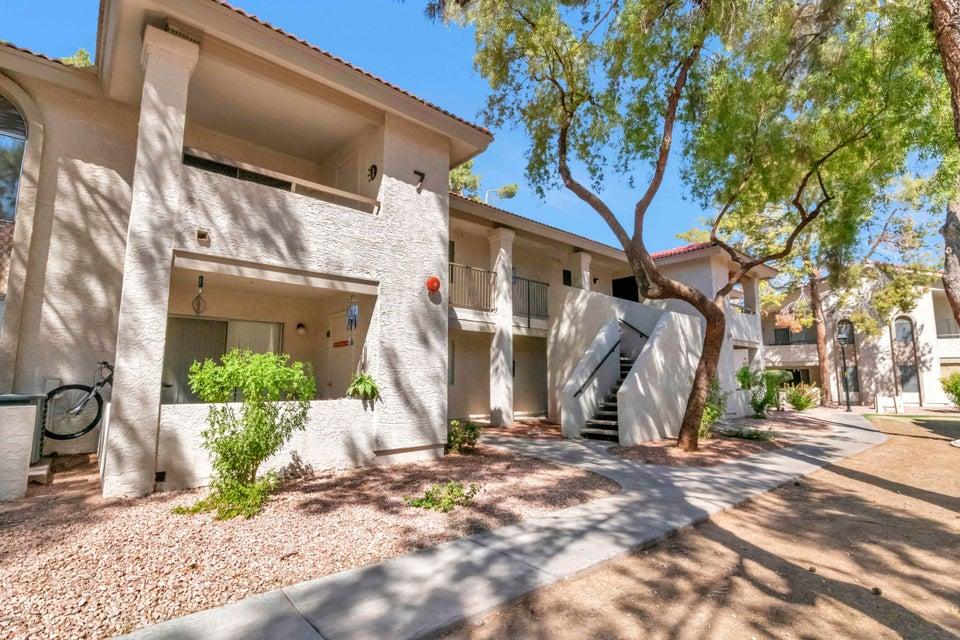 Photo of 10610 S 48TH Street #2017, Phoenix, AZ 85044