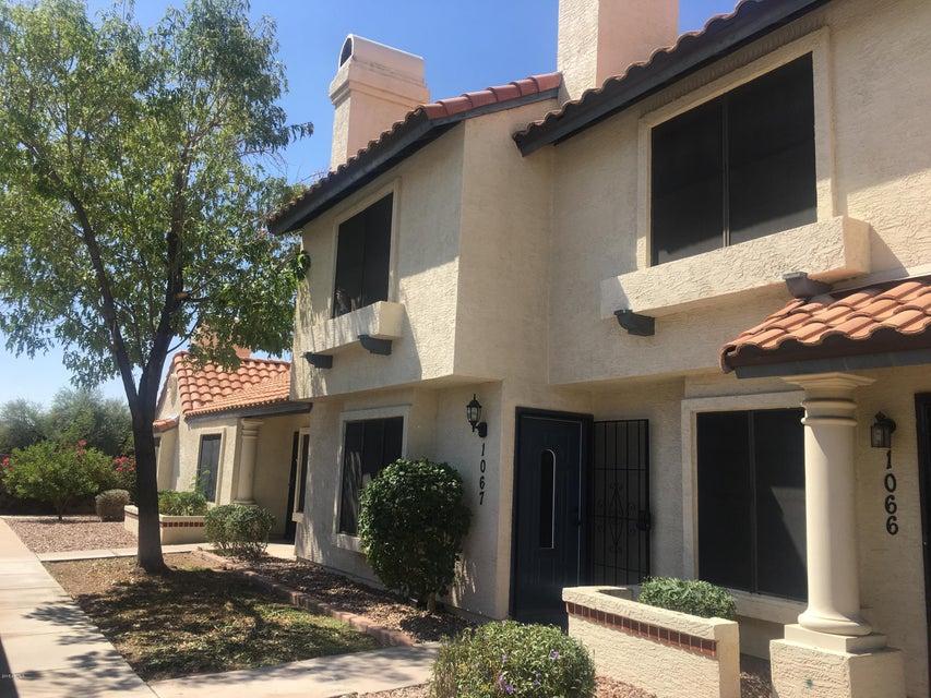 Photo of 921 W UNIVERSITY Drive #1068, Mesa, AZ 85201