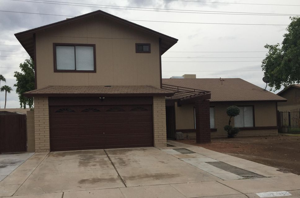 Photo of 5055 N 71ST Drive, Glendale, AZ 85303