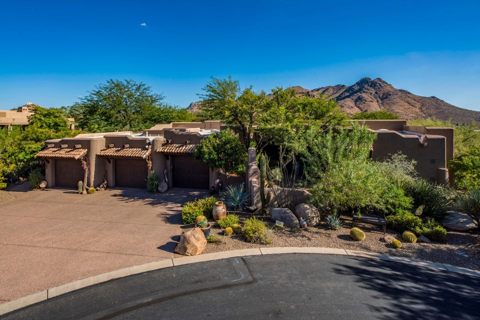 Photo of 11433 E JUAN TABO Road, Scottsdale, AZ 85255