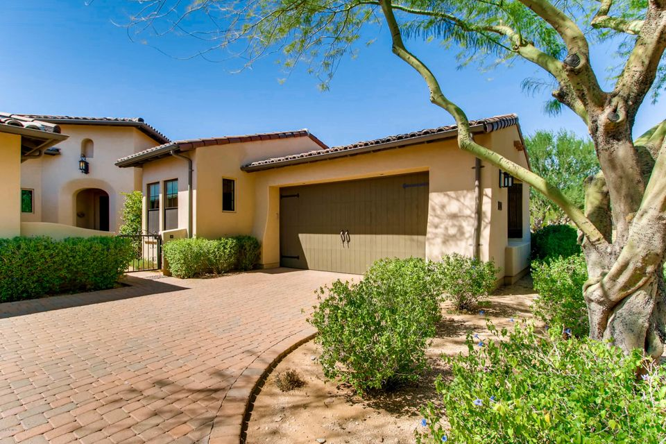 Photo of 9239 E Hoverland Road, Scottsdale, AZ 85255