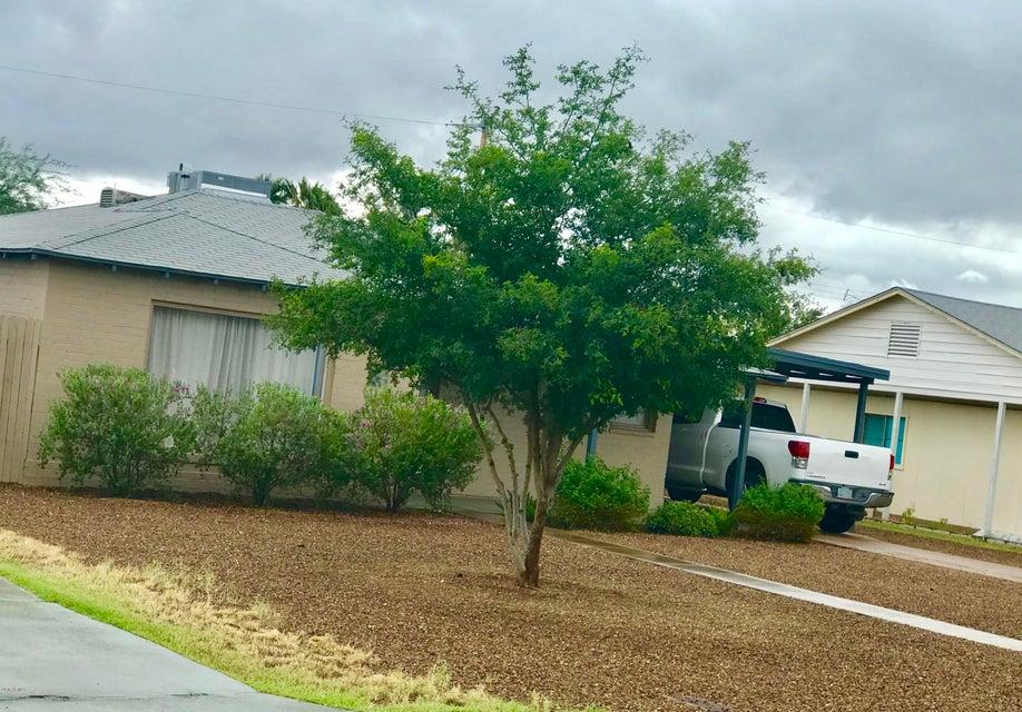Photo of 2215 E MITCHELL Drive, Phoenix, AZ 85016