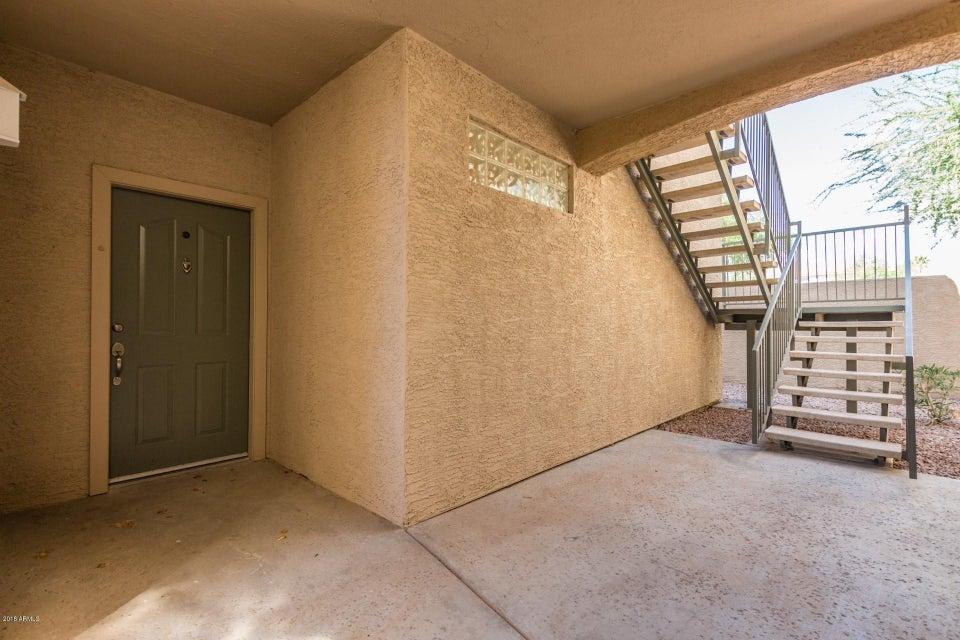 Photo of 16013 S DESERT FOOTHILLS Parkway #1010, Phoenix, AZ 85048