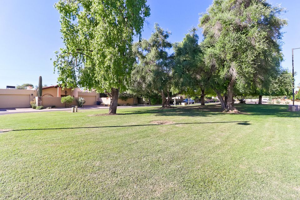 Photo of 741 E TUCKEY Lane, Phoenix, AZ 85014