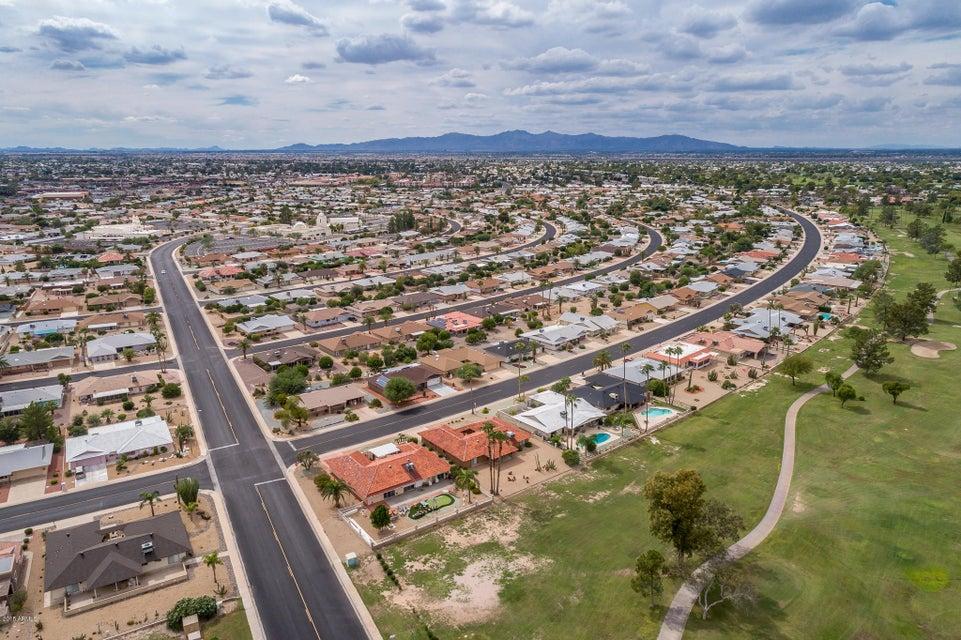 MLS 5830382 9519 W COUNTRY CLUB Drive, Sun City, AZ 85373 Sun City AZ Scenic