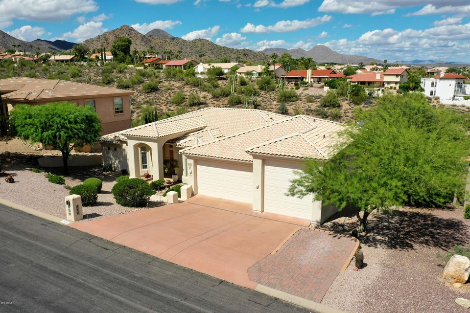 Photo of 15518 E THISTLE Drive, Fountain Hills, AZ 85268