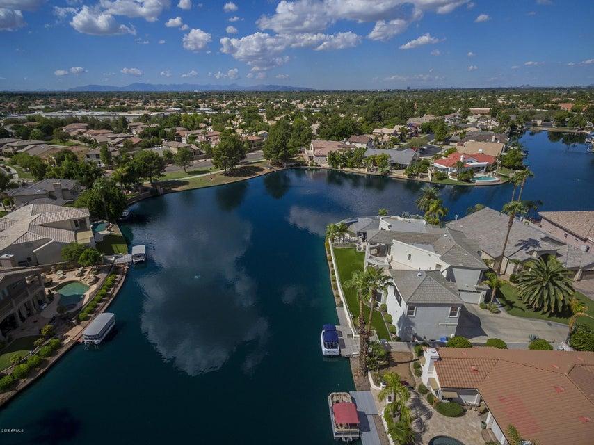 MLS 5831466 1834 E Coral Tree Drive, Gilbert, AZ Gilbert AZ Lake Subdivision
