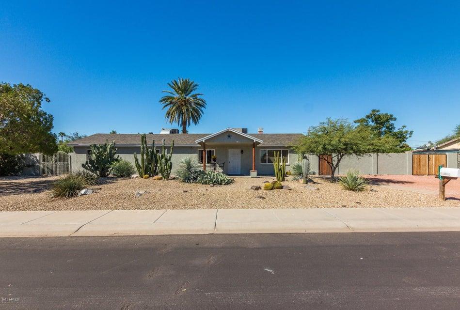 Photo of 11832 N 30TH Place, Phoenix, AZ 85028