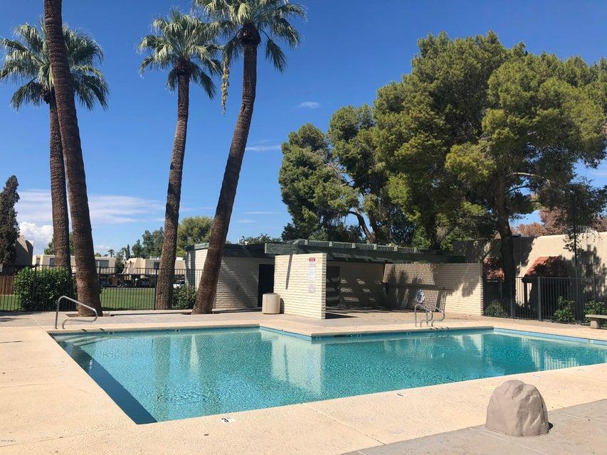 Photo of 5945 W TOWNLEY Avenue, Glendale, AZ 85302