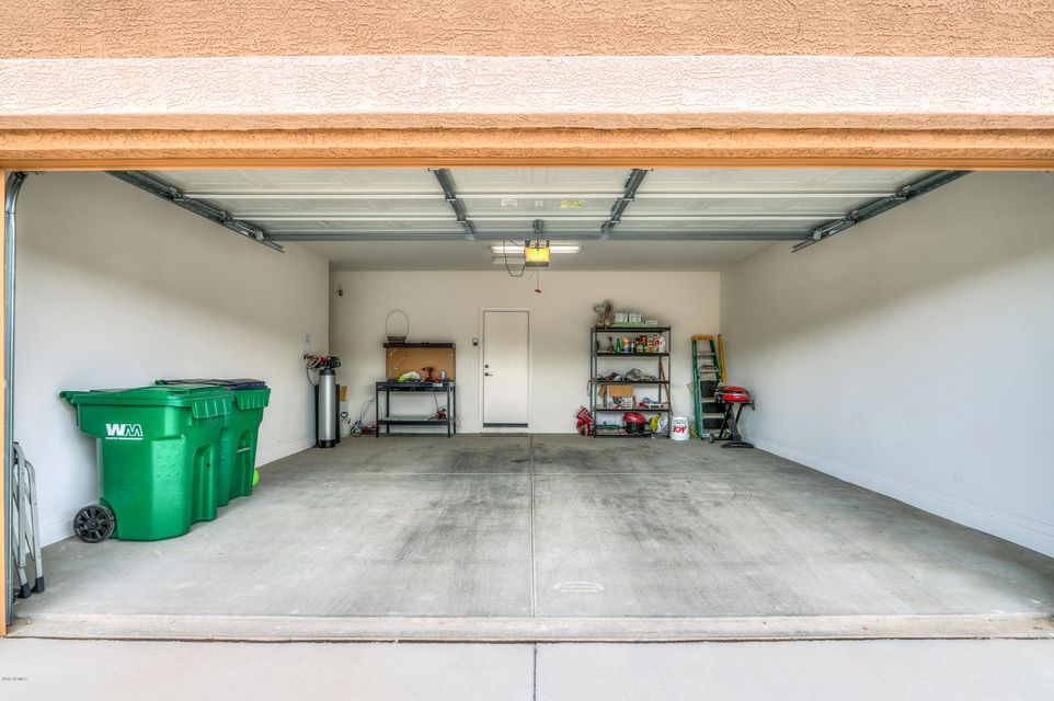 MLS 5832444 42952 W SANDPIPER Drive, Maricopa, AZ Maricopa AZ Adult Community