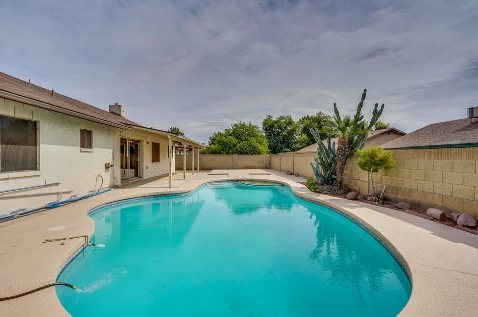 Photo of 8615 W ALICE Avenue, Peoria, AZ 85345