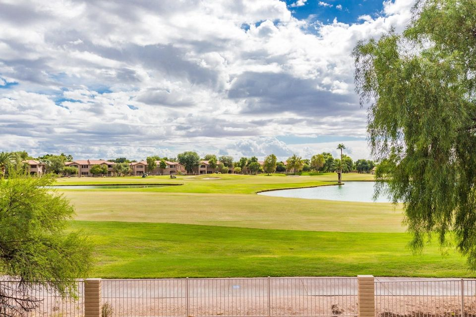 Photo of 5415 E MCKELLIPS Road #36, Mesa, AZ 85215