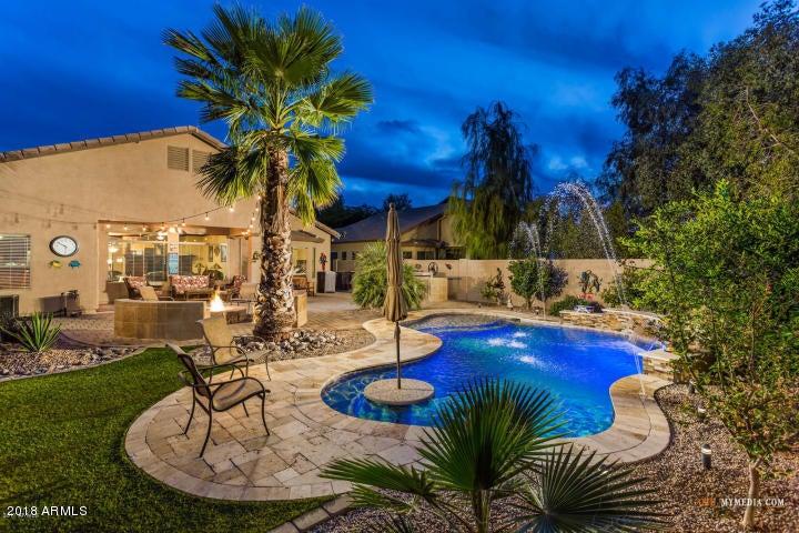 MLS 5833402 43948 W JUNIPER Avenue, Maricopa, AZ Maricopa AZ Private Pool