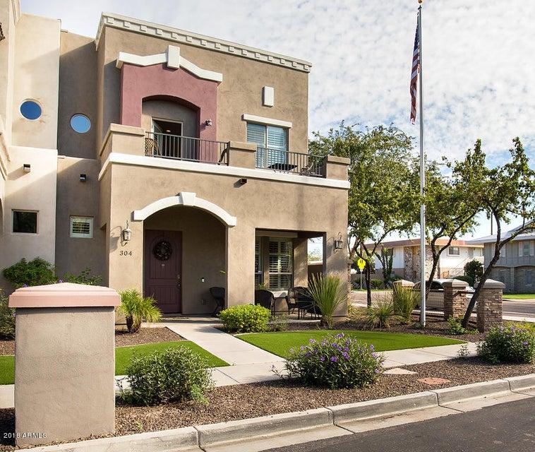 Photo of 304 W HERRO Lane, Phoenix, AZ 85013