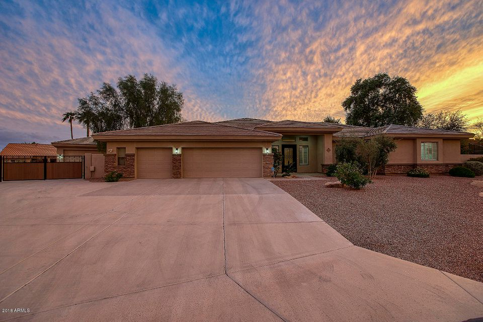 Photo of 12719 W DENTON Avenue, Litchfield Park, AZ 85340