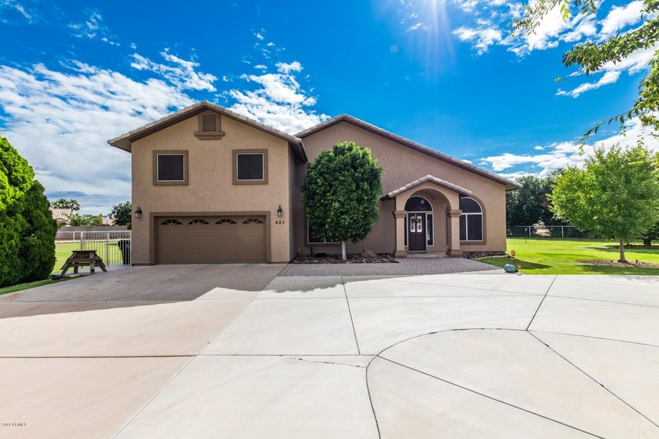 Photo of 421 W RAY Road, Gilbert, AZ 85233