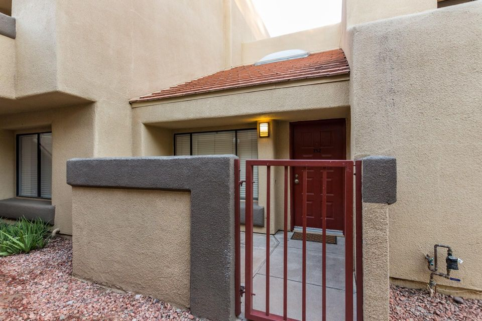 Photo of 1432 W EMERALD Avenue #752, Mesa, AZ 85202
